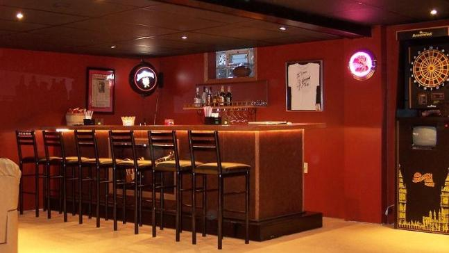 Prep your man cave for super bowl xlvi rsvp design services for Design a man cave